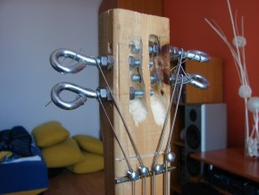 Recycling Basses - Bottle Bass guitar