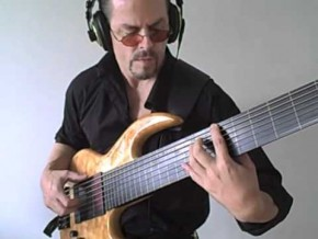 Treading Water von Eric Czar (7-saitiger Fretless-Bass)
